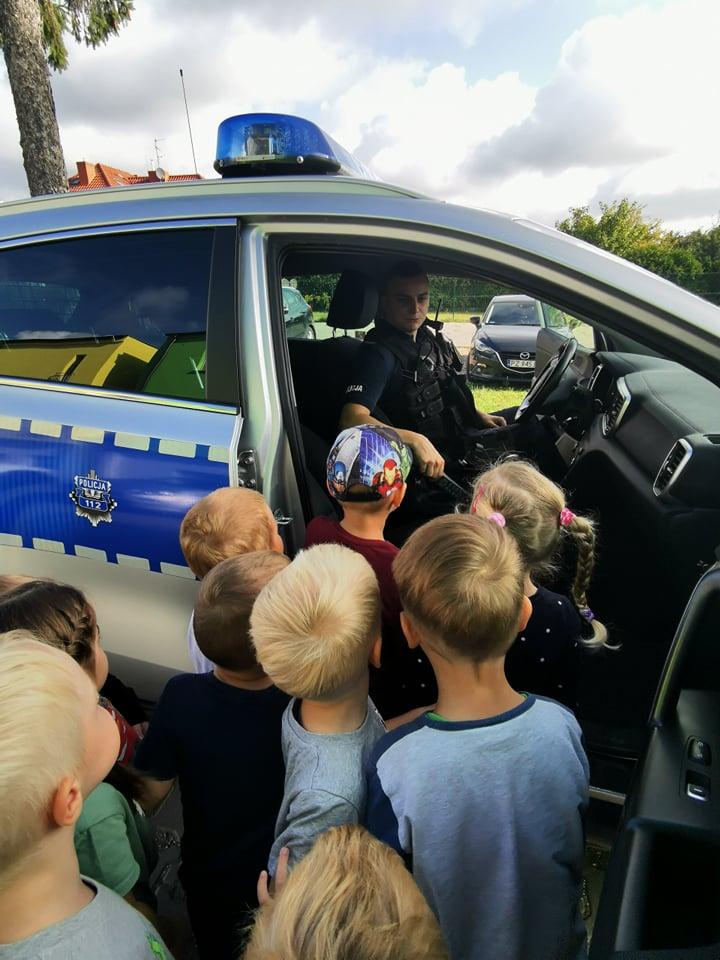 Spotkanie  Poszukiwaczy z policjantem